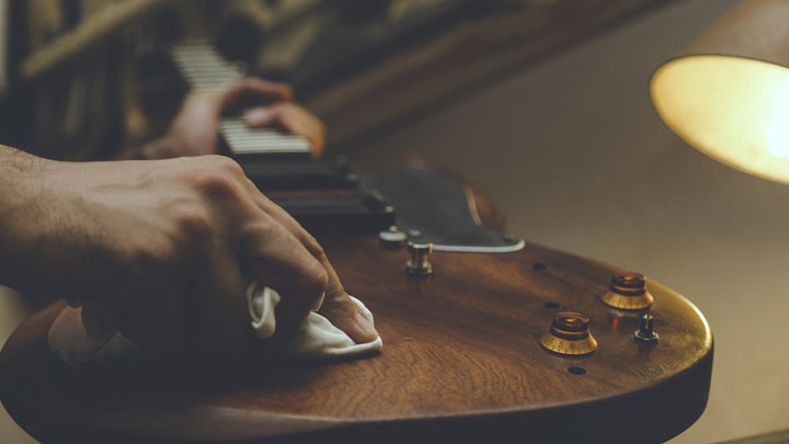 how to identify fender pickups